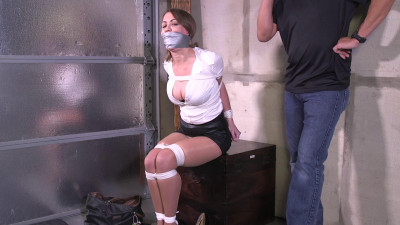 Chrissy Marie-His secretary showed with rope marks