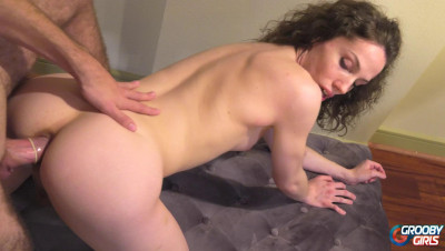 First Hardcore Anal For Perfect Big Ass Tranny