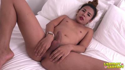 Description Nana's Hot Climax!