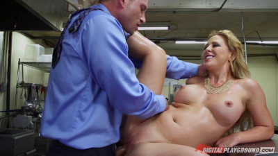 Flixxx – Cherie DeVille Where's My Meatballs