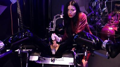 Lady Ashley - Rubber Drift Part 1
