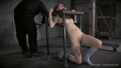 Corporal Punishments Make Willow Hayes Cum Harder Than Ever