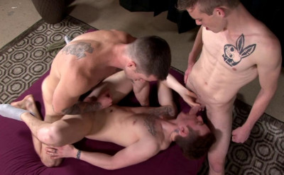 Description Amazing anal with three hunks