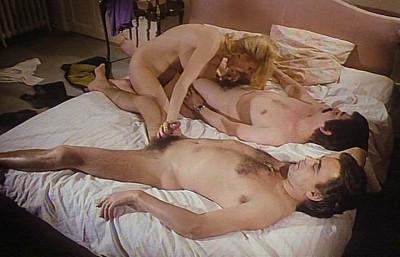 Description Couple Cherche Esclave Sexuel - Brigitte Lahaie, Nicole Natte(1979)
