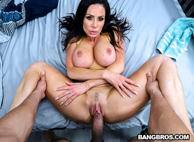Kendra Lust – Fucks Her Friends Bro (2019)
