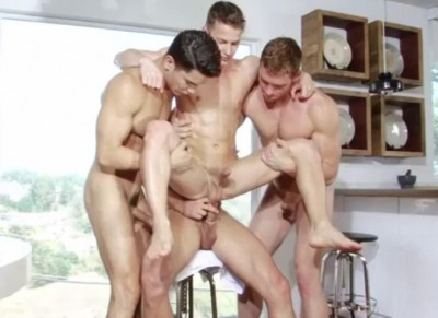Description Together Orgy With Hot Studs