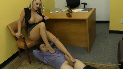Description Alexis Monroe - Foot Worship