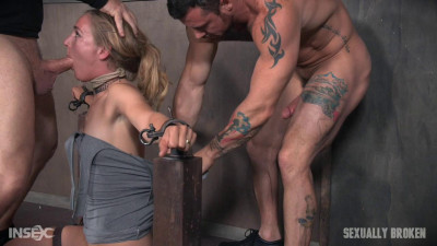 Beautiful Mona Wales Gets Face Fucked