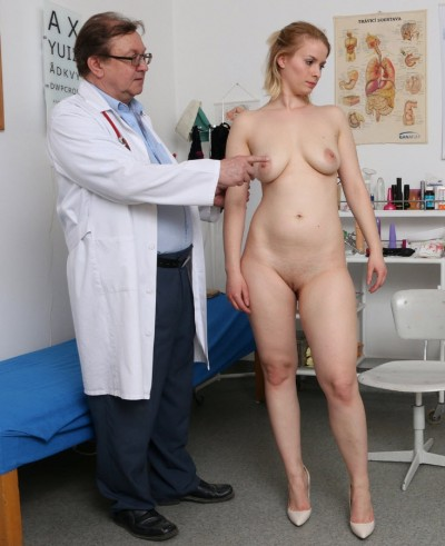 Ebba (23 years girls gyno exam)
