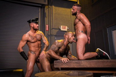 rs - Beards, Bulges & Ballsacks! (Michael Roman, Daymin Voss & Fernando Del Rio)