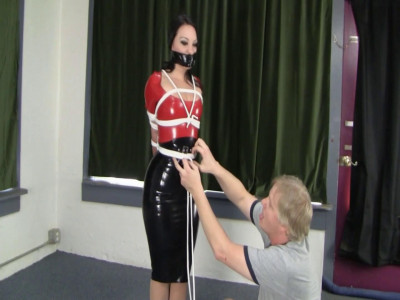 Latexed Columned Hottie
