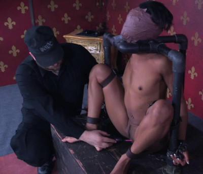 BDSM Veteran Slave Nikki Darling