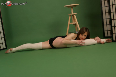 Description Dl models flexible pics set!!!