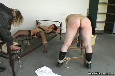 PainVixens Obedience Lesson