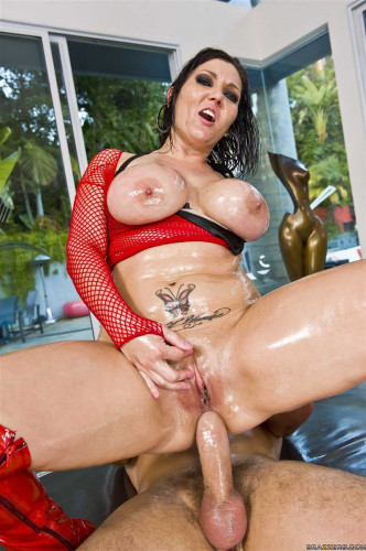 He Oiled Her Hot Booty and Pounded Her Holes