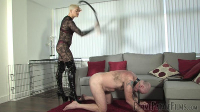The Hunteress – Tongue For Boots