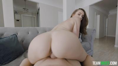 Perfect Ass Luxury Girl Enjoys Home Fucking