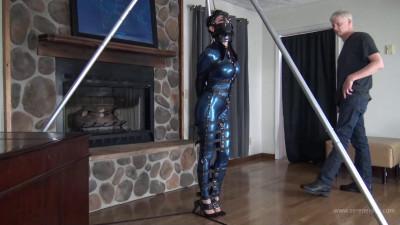 Raven Eve – Hobble Dress and Leather Bondage