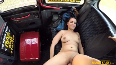 Squirting screaming taxi orgasms