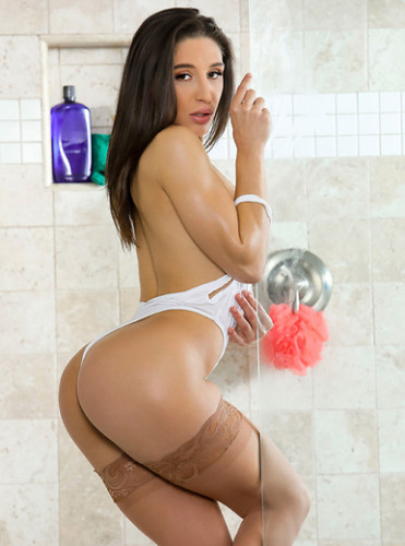 Abella Danger – Sneaking In The Back Door FullHD 1080p