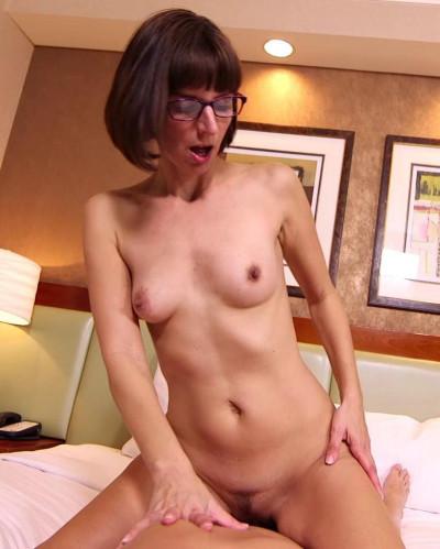 Darcy Sexy nerd MILF loses porn virginity FullHD 1080p