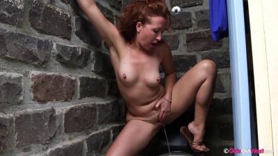 Anya Public Toilet Showdown