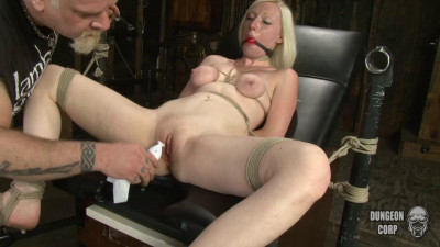 Tegan Riley - deep throat, throat, deep throating!