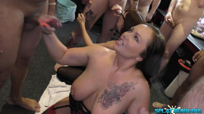 Sexy Milfs get splattered in cum