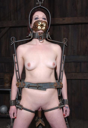 Maximum torture for slave