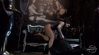 The Muscle Mistress — Mistress Kennya — HD 720p