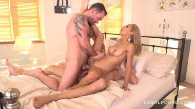 Veronica Leal Gets the Anal DP Fuck