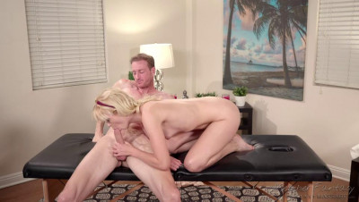 She Massaged Me With Her Sex (2020)