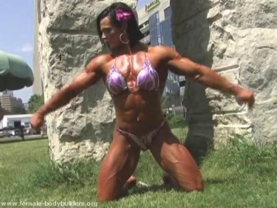 Nicole Ball – Fitness Model