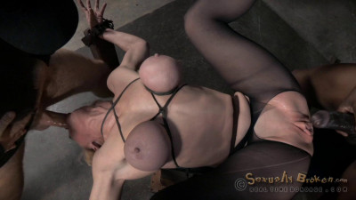Sexy Blonde Darling Huge Squirting Orgasms And Epic Deepthroat On Bbc In Strict Bondage