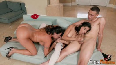 Julianna Vega, Gabriela Lopez - Anniversary Present Leads to Hot Fucking
