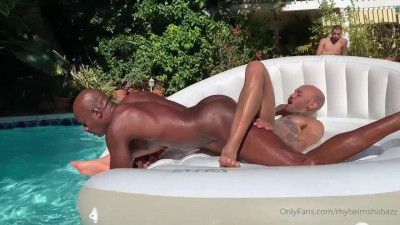 Pool day (Rhyheim Shabazz, Guzdoes, Travis White)