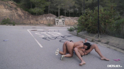 Kira Queen – Hot Russian Kira Queen takes Spanish cock in wild outdoor fuck by the road