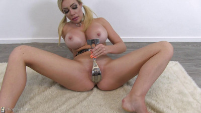 Remote Vibe - Chessie Kay - Full HD 1080p
