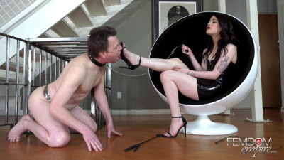 Evelyn Claire - Horny Foot Addict