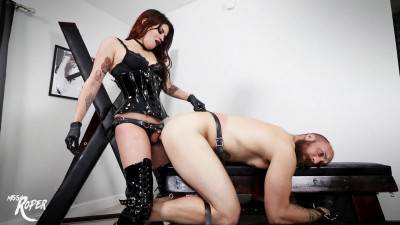 Description Clips4Sale - Miss Roper - He Can't Take It But I Give It(1080p)