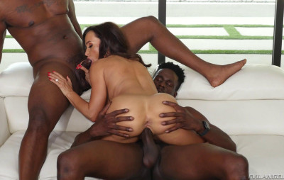Lisa Ann  enjoys interracial passion