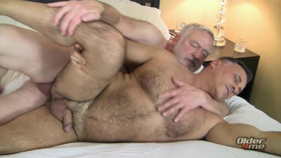 Older4Me - A Tale of Two Daddies - Bishop Sterling, Giovanni Rossi
