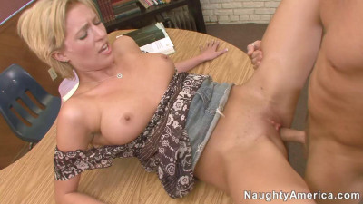 Super Sexy Milf Love Sex Party pt.1