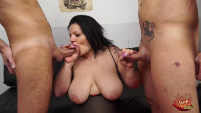 busty tattoed milf pamela suck 2 dicks full hd