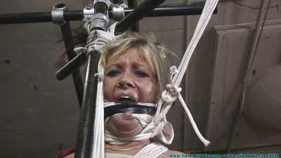 Adara with Amanda Marie - Dr. Cupcakes Gets a New Assistant - Part 2