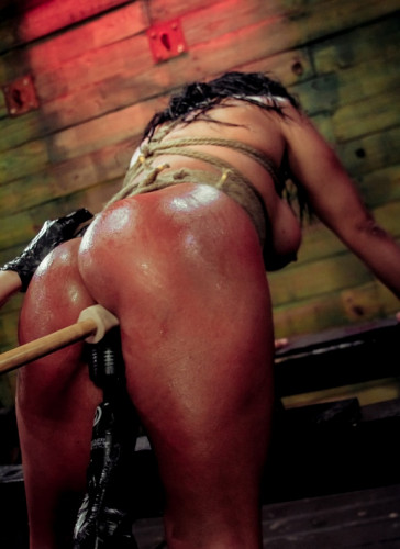Hardcore bondage scene