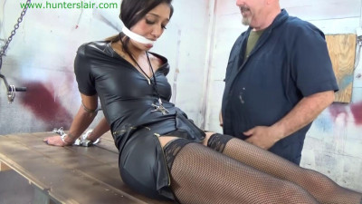 Hunterslair – Stefania Mafra – Left helplessly cuffed to the Hunter's table
