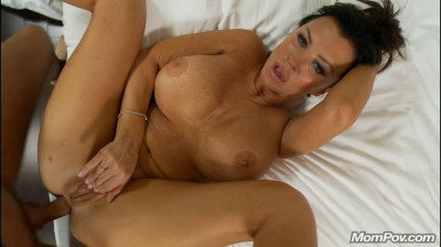 The hottest milf / cougar on mompov