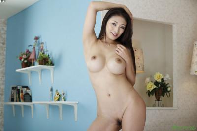 Description Reiko Kobayakawa - Strong Slut