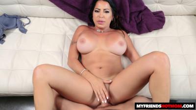Julianna Vega HD